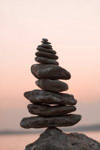 balancing-rocks-pierres