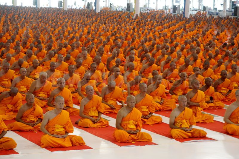 meditation-orange